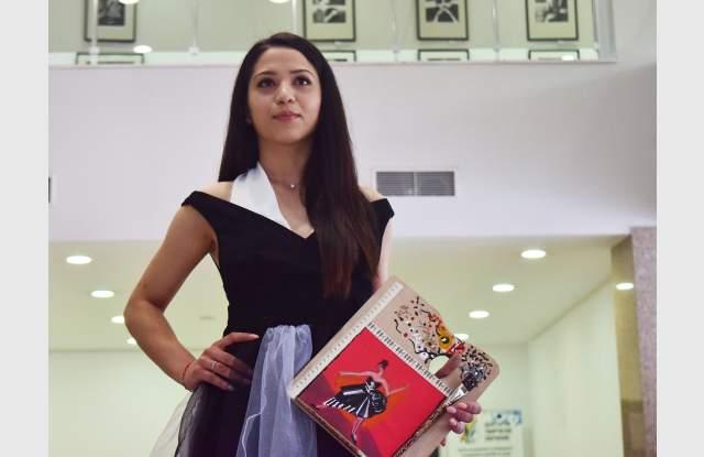 Модното ревю на АМТИИ зашемети публиката СНИМКИ