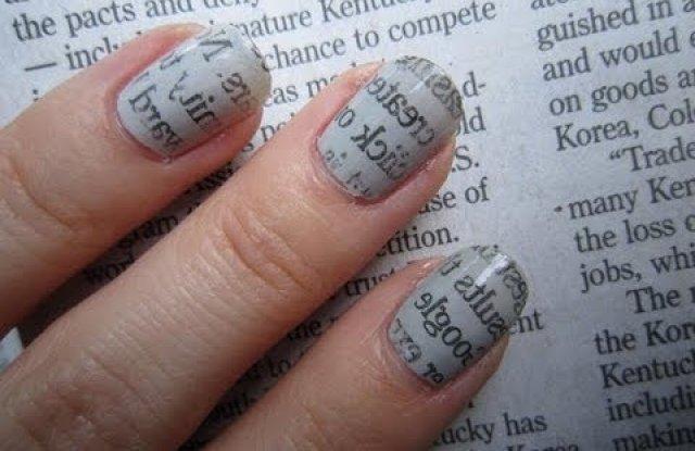 Необходими са ви лак за нокти в цвят по ваш
