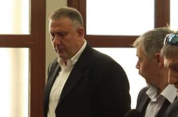 Гледат делото срещу д-р Димитров, застрелял Плъха в дома си