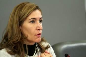 Ангелкова очаква лек спад на туристите по Черноморието