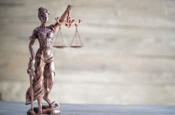 48 г. затвор за гардове, пребили мъж до смърт в МОЛ