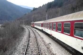 Обещано: 3 часа от София до Бургас с влака