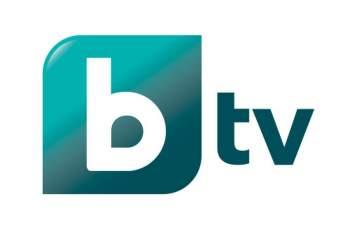 Бомба в bTV: Тв водеща закопа силиконките с тази СНИМКА