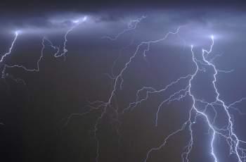 Идат бури, мълнии и порои