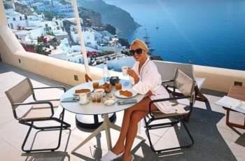 Лукс в bTV: Натали Трифонова пръска яко пачки в Гърция