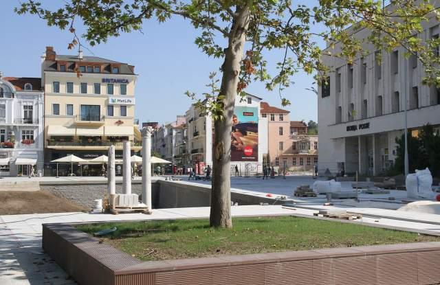 Две в едно на 2 септември: Новият площад идва с нов кмет - 2