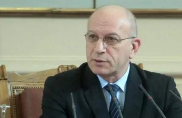Заместник-председателят на Народното събрание Емил Христов е оказал навременна помощ
