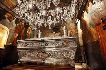 Българска фамилия пази 400 години голяма светиня на Гърция