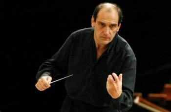 Честит рожден ден на диригента Емил Табаков