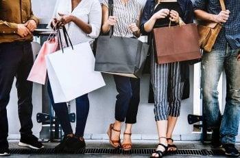 Онлайн шопинг: Как е най-безопасно да платим