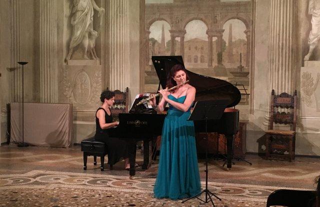 Златната флейта на Луиза Село свири за Съединението - 1