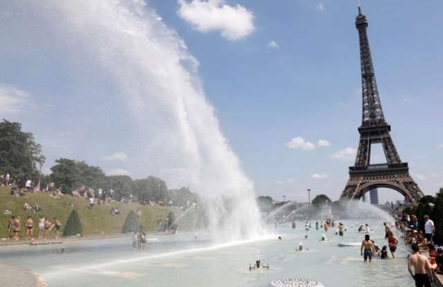 1500 души починаха заради жегата във Франция