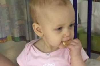Тя направи видео на бебето си и така спаси живота му