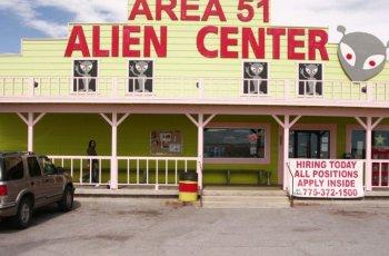 Влогъри атакуват зона с извънземни