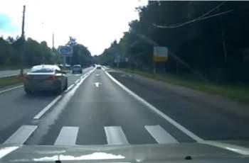 Гонка между Toyota и BMW завърши с брутална катастрофа ВИДЕО