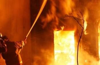 ИЗВЪНРЕДНО! Къща изгоря в Поповица, търсят труп СНИМКИ