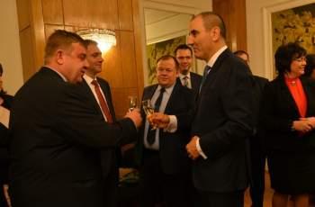 Недоверието към политиците отблъсква българските избиратели