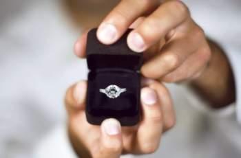 Звездите с най-скъпи годежни пръстени