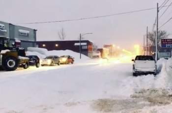 Извънредно положение: 91 см сняг затрупа САЩ и Канада