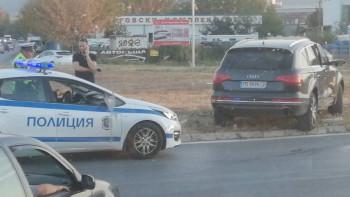 Огромна тапа на Кукленско шосе заради катастрофа СНИМКИ