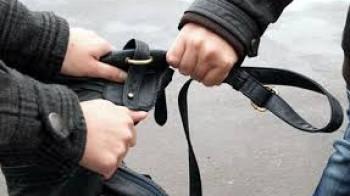 Опасни улици: Нападнаха мъж, взеха му парите