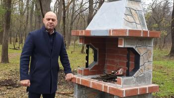 """Нови барбекюта замениха разрушеното от вандали в """"Лаута"""""""
