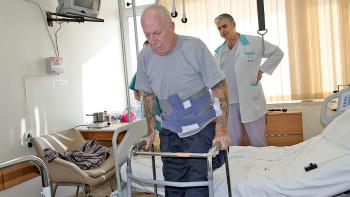 """Британски пенсионер се довери на лекари от УМБАЛ """"Свети Георги"""" за сложна операция"""