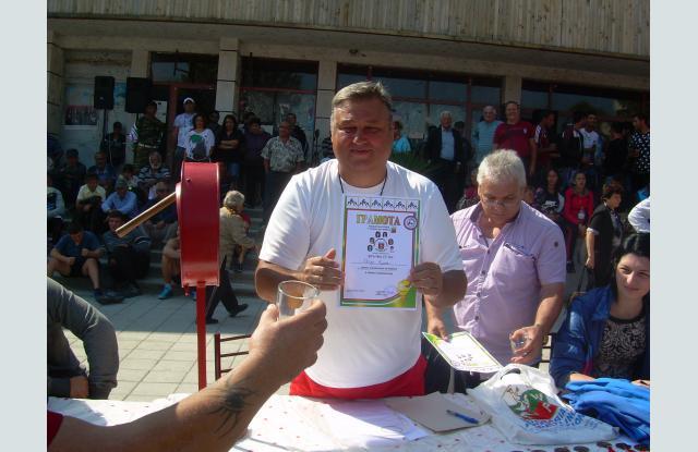 Треньорът поборба Петър Кирев