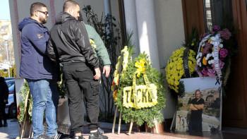 Фенове беснеят! Убийците на Тоско отърваха затвора