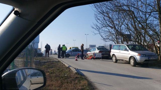 ИЗВЪНРЕДНО! Труп на Карловско шосе, районът е отцепен