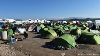 Изпратихме хуманитарна помощ за бежанския лагер в Идомени