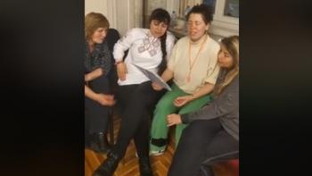 Пазарджишка медсестра сред барикадиралите се в парламента