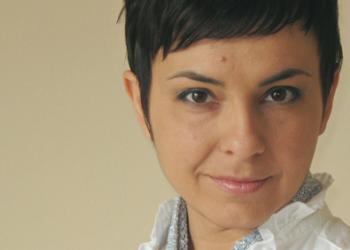 """Тази вечер: Ина Иванова представя книгата си """"с малки букви"""""""