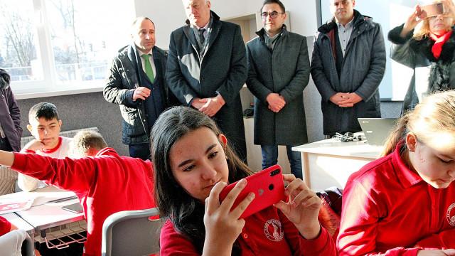 Проучване в Пловдив: Уроците онлайн са по-интересни за учениците - 2