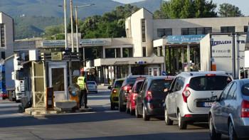 Връщат кмета на границата за чужди глоби от КАТ