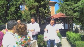 Литургия и курбан за светите безсребреници Козма и Дамян