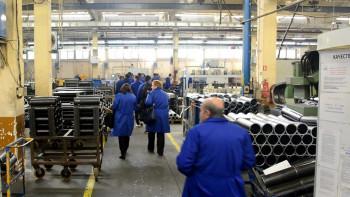 Тестват наред в кърджалийски завод заради заразен работник