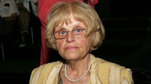Напусна ни първият директор на Класическата гимназия Гергина Тончева