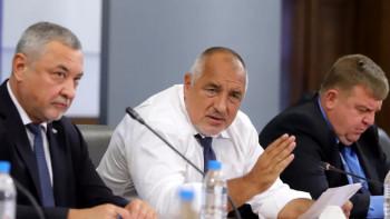 Кабинетът налива 1,2 милиарда за засегнатите от корона кризата ОБЗОР