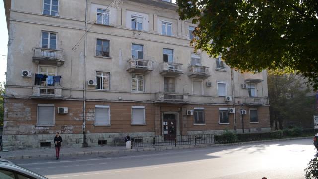 Съдът потвърди уволнението на полицая, обрал жилища