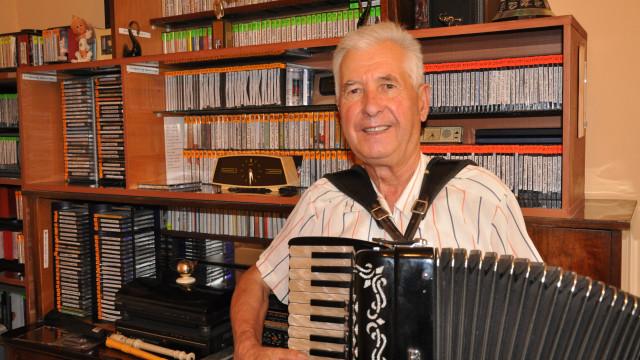 Поклон! Димитър Стойков записва нов албум на 90