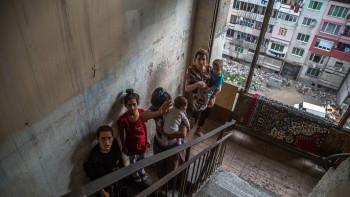 В Столипиново бомбата с панелките цъка  от години
