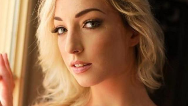 Внезапна смърт! Момиче от филмите за възрастни издъхна на 24 в леглото си