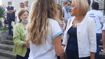 Мая Манолова в Първенец: Адвокат съм на недоволните от кариератаСНИМКИ