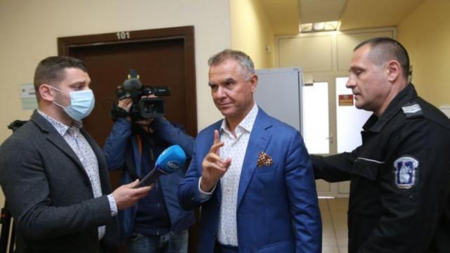 Обвиняемият за 8000 тона опасни отпадъци Атанас Бобоков се изправя пред съда