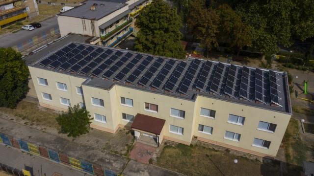 Фотоволтаична централа върху покрива на детска градина