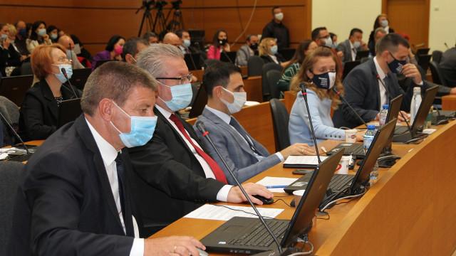 Отмениха сесията на Общинския съвет заради вируса