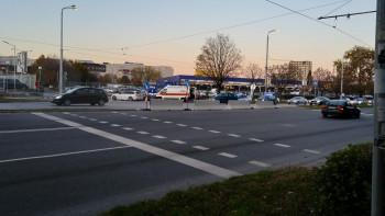 """От последните минути: Блъснат пешеходец в """"Тракия"""", хвърчи линейка"""