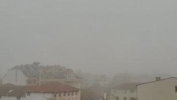 Не излизайте навън! Опасно мръсен въздух и мъгла в Пловдив