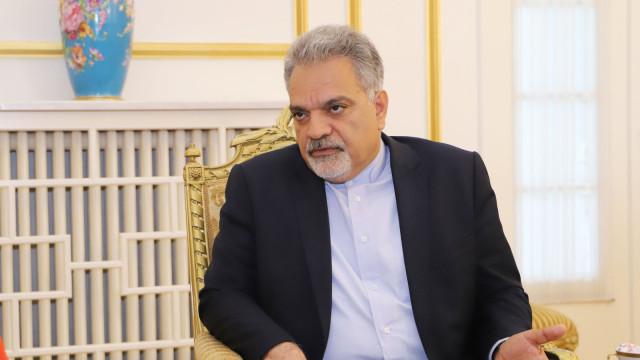 Стихотворение обтегна отношенията между Турция и Иран